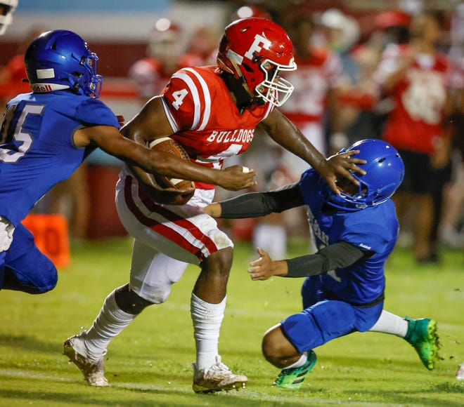 Frostproof  running back Wille Knighten powers downfield against Mulberry in the season opener. The Bulldogs have played just twice since then because of COVID-19, and their playoff game against Cape Coral Oasis was canceled.