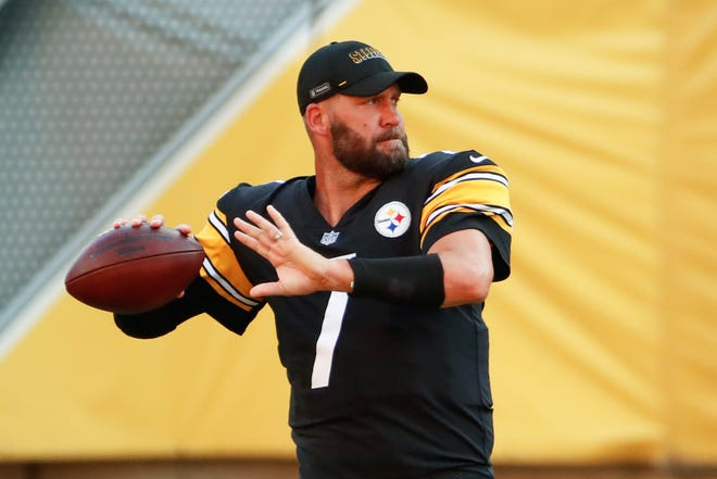 Quarterback Ben Roethlisberger, who missed almost all of last year with an injury, leads the Pittsburgh Steelers against the New York Giants in the season opener for both teams Monday