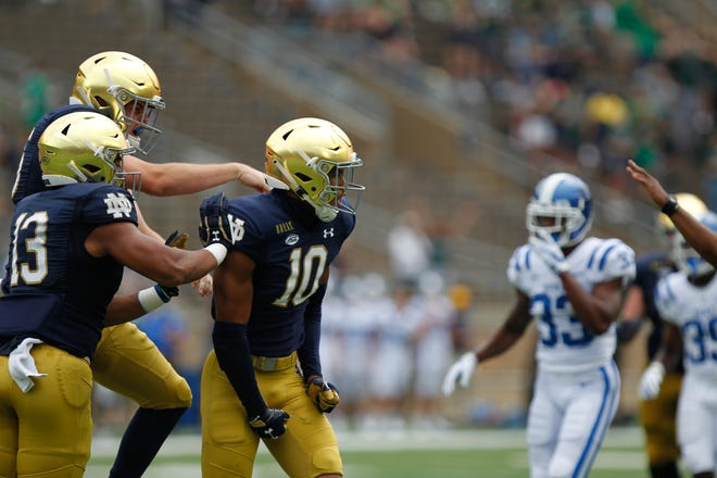 Notre Dame's Isaiah Pryor celebrates after a special teams play in the first quarter