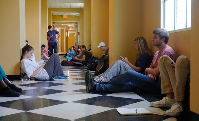 A new federally-funded storm shelter is being built to protect University of Alabama faculty, staff and students, like those pictured here waiting for an organic chemistry lab in Shelby Hall in this file photo from 2018. [Staff file photo/ Jake Arthur]