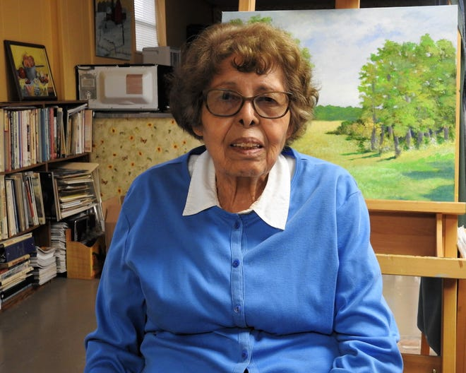 Esther Marie Versch, 93, is a nationally known artist who has called Coshocton home for almost 20 years. An exhibit of her paintings will be on display through Oct. 16 at Foothills Studio in Roscoe Village.