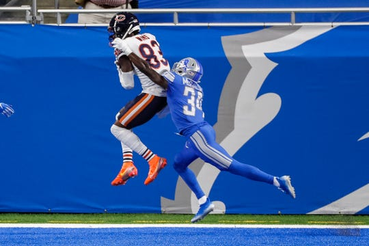 Chicago Bears wide receiver Javon Wims catches a touchdown pass against Detroit Lions cornerback Tony McRae during the second half at Ford Field, Sunday, Sept. 13, 2020.