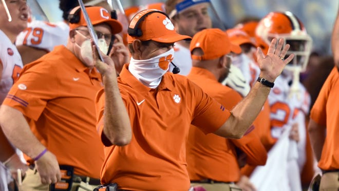 Clemson Football Tigers Have Nation S Highest Paid Coaching Staff