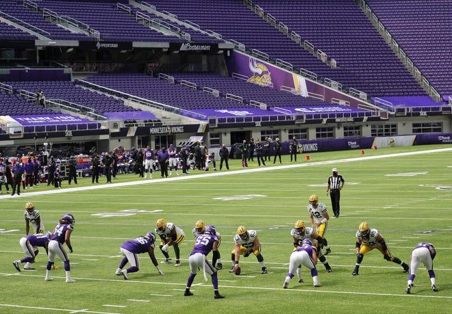 Empty U S Bank Stadium Creates Eerie Atmosphere For Packers Vikings