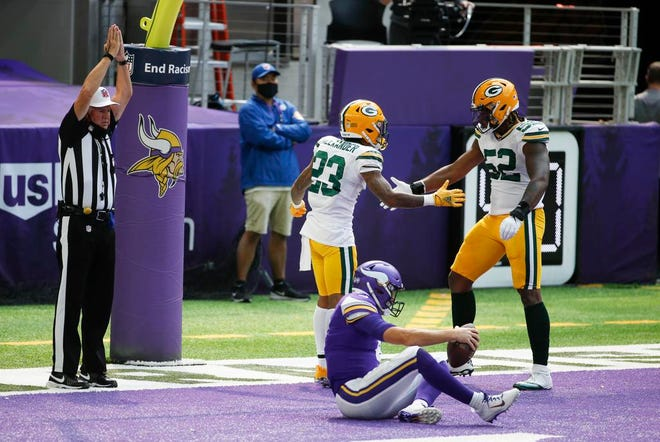 Packers-Vikings Insider: Points plentiful on wild day in empty stadium
