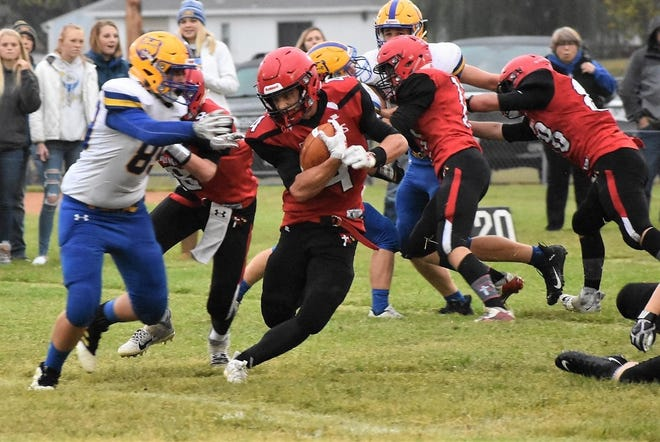 Connor Libis rushes against Alecster-Hudson on Friday, Sept. 11, 2020. Libis finished with six rushing touchdowns.