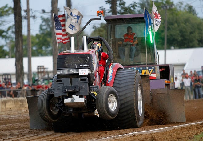 An independent tractor pull will take place before the Ashland County Fair on Friday, Sept. 18 at the fairgrounds.
