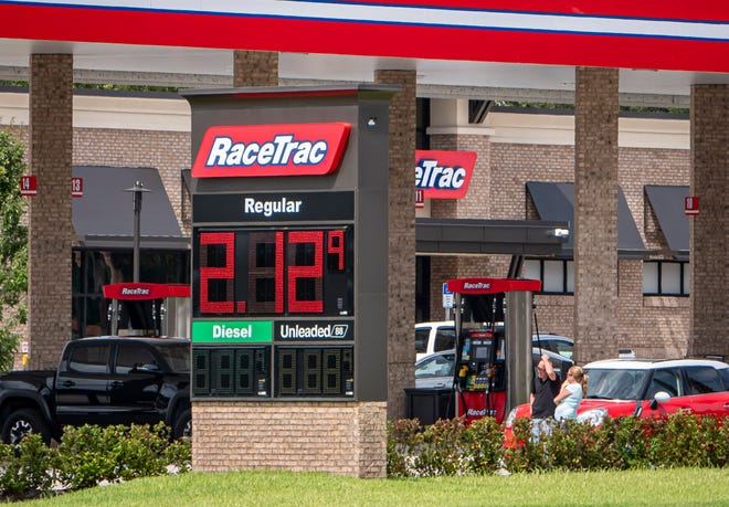 Gas prices are displayed Monday at the RaceTrac on U.S. Highway 27 in Minneola. [PAUL RYAN / CORRESPONDENT]