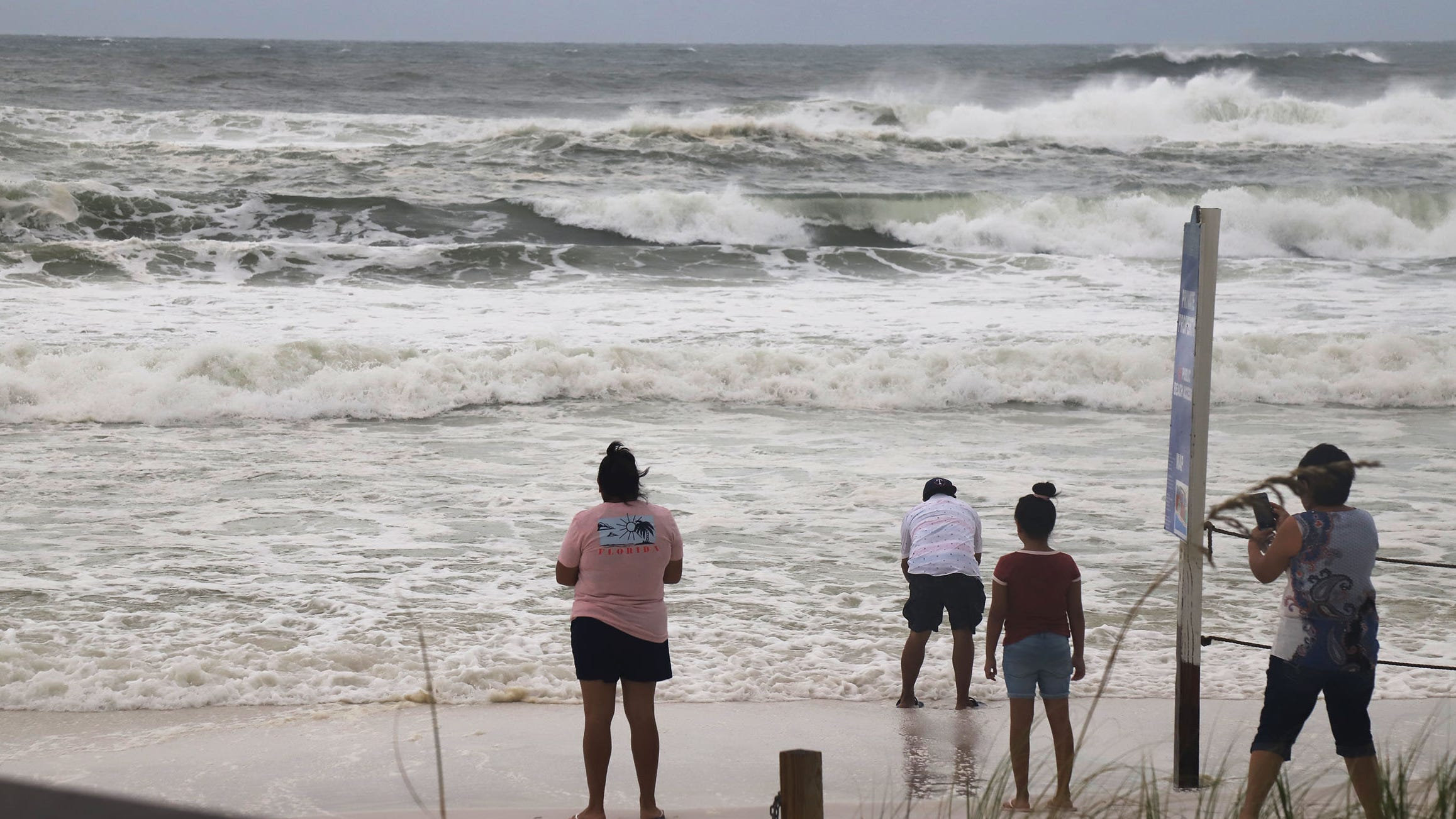 TROPICAL UPDATE: Hurricane Sally a CAT 2 storm ...Hurricane Sally Update