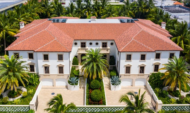 Via a just-recorded $7.4-million deed, Chicago billionaire Neil Bluhm co-owns 215 Brazilian Ave., a condominium at the far right of the Palazzo Villas building in Palm Beach. [Photo courtesy Douglas Elliman Real Estate]