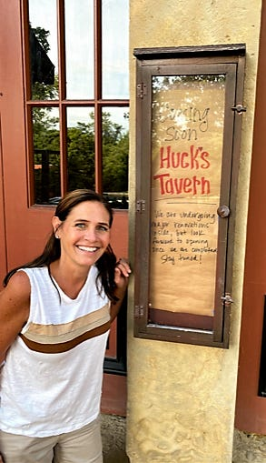 Stacey Drennen is opening Huck's Tavern in Roscoe Village at the corner of Whitewoman and Hill streets, site of the former Uncorked. Named for her and husband Jeff's beloved chocolate Labrador, the bar will feature gourmet hot dogs. She hopes to be open before the end of the year.