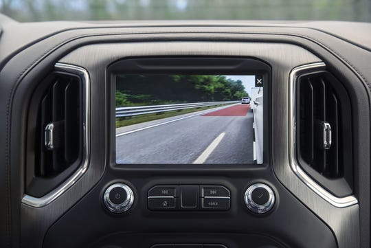 The 2021 GMC Sierra will offer trailer-length indicator technology. This will display on the center console screen a red overlay twice the length of the trailer to indicatewhen other vehicles may interfere with a lane-change.