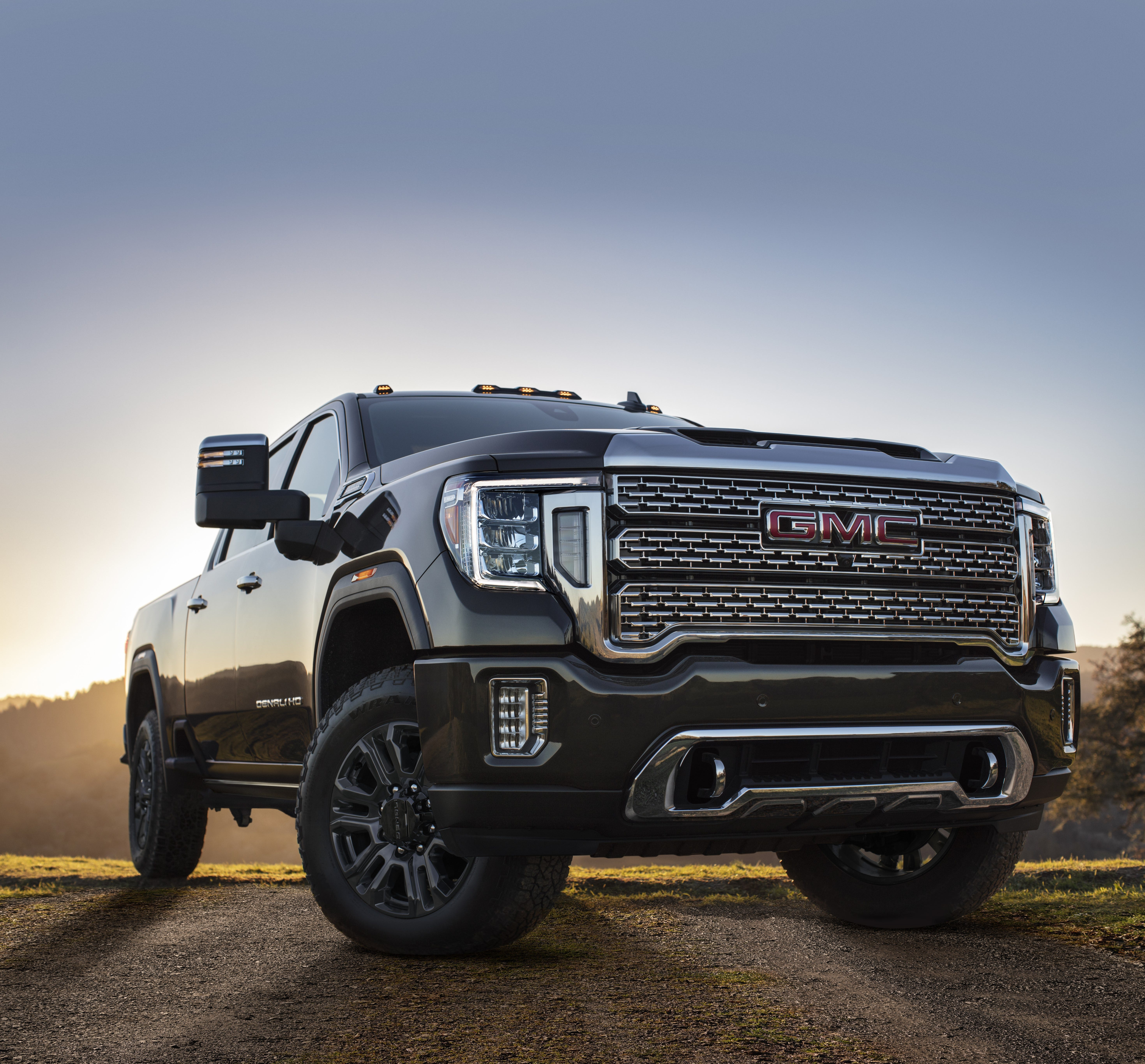 Gmc S 2021 Sierra Pickup To Have New Technology Price Adjustment