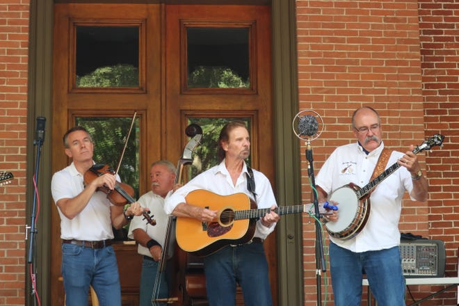 The Bridge County Bluegrass Band will perform at 7 p.m.  Sept. 19 on the verandah of the historic Hayes Home.