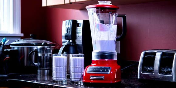 A blender to make a nutritious smoothie