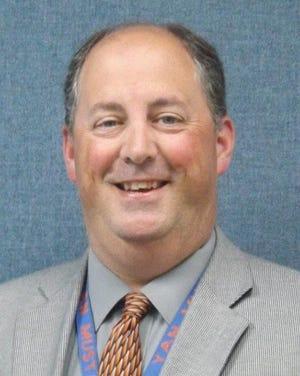 Howard Dennis