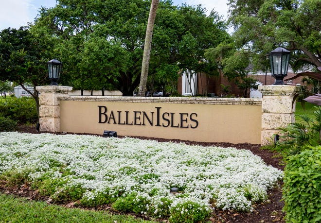 The entrance to the BallenIsles community off of Military Trail in Palm Beach Gardens on March 12, 2018.  (Richard Graulich / The Palm Beach Post)