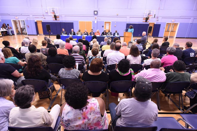 Unlike this Wilmington City Council candidates forum hosted in 2017, forums for the November 2020 election will be virtual.