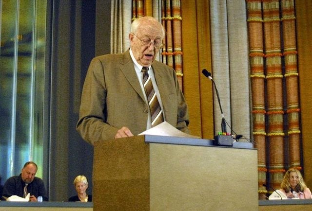 Bill Gates Sr. speaking about early education in Bremerton during a 2007 forum. The Kitsap native and father of Microsoft founder Bill Gates died at age 94.