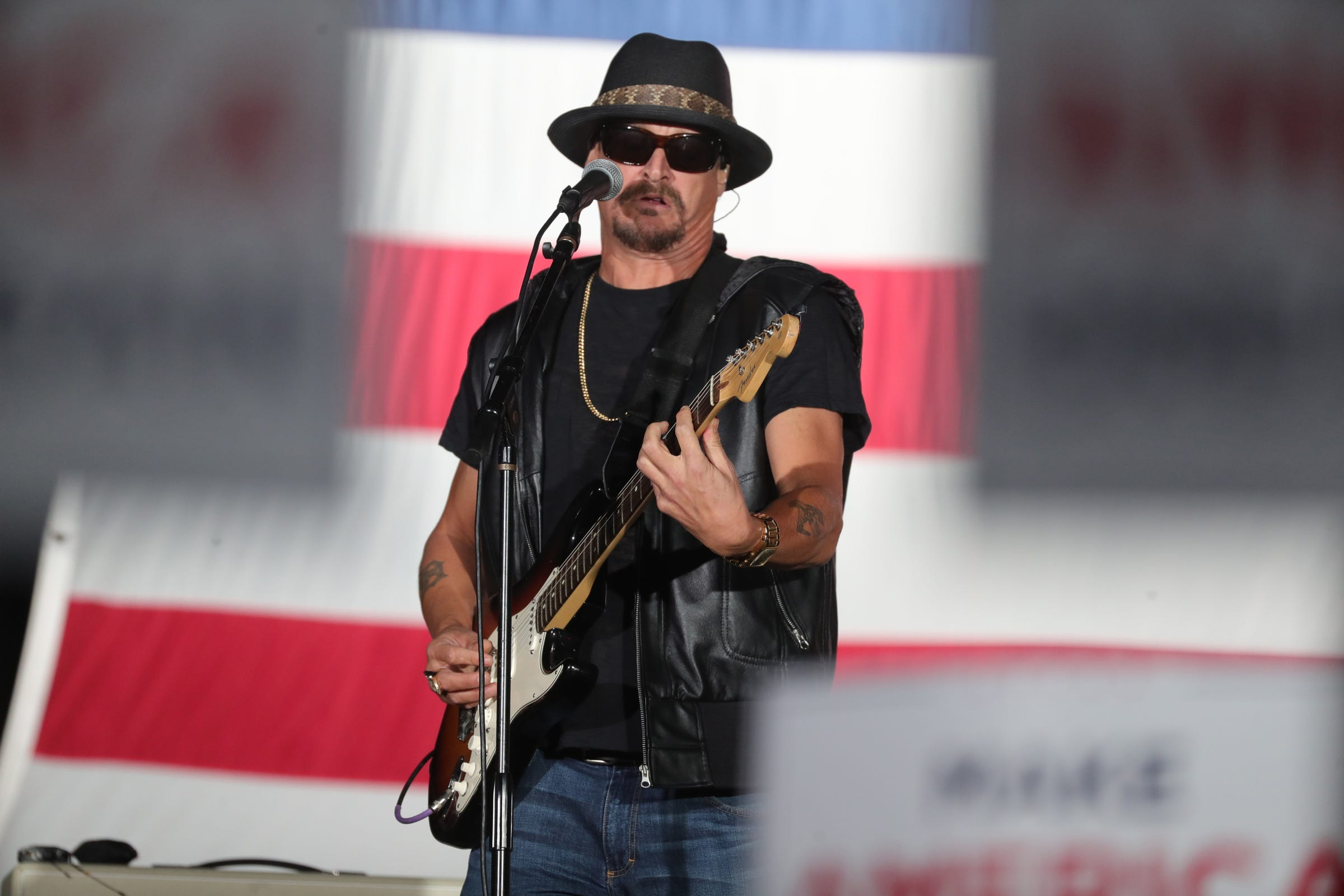 Kid Rock takes dig at Lady Gaga s camouflage attire worn in pro-Biden video