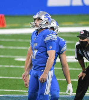 Lions kicker Matt Prater missed a 55-yard field-goal attempt in Sunday's loss to the Bears.