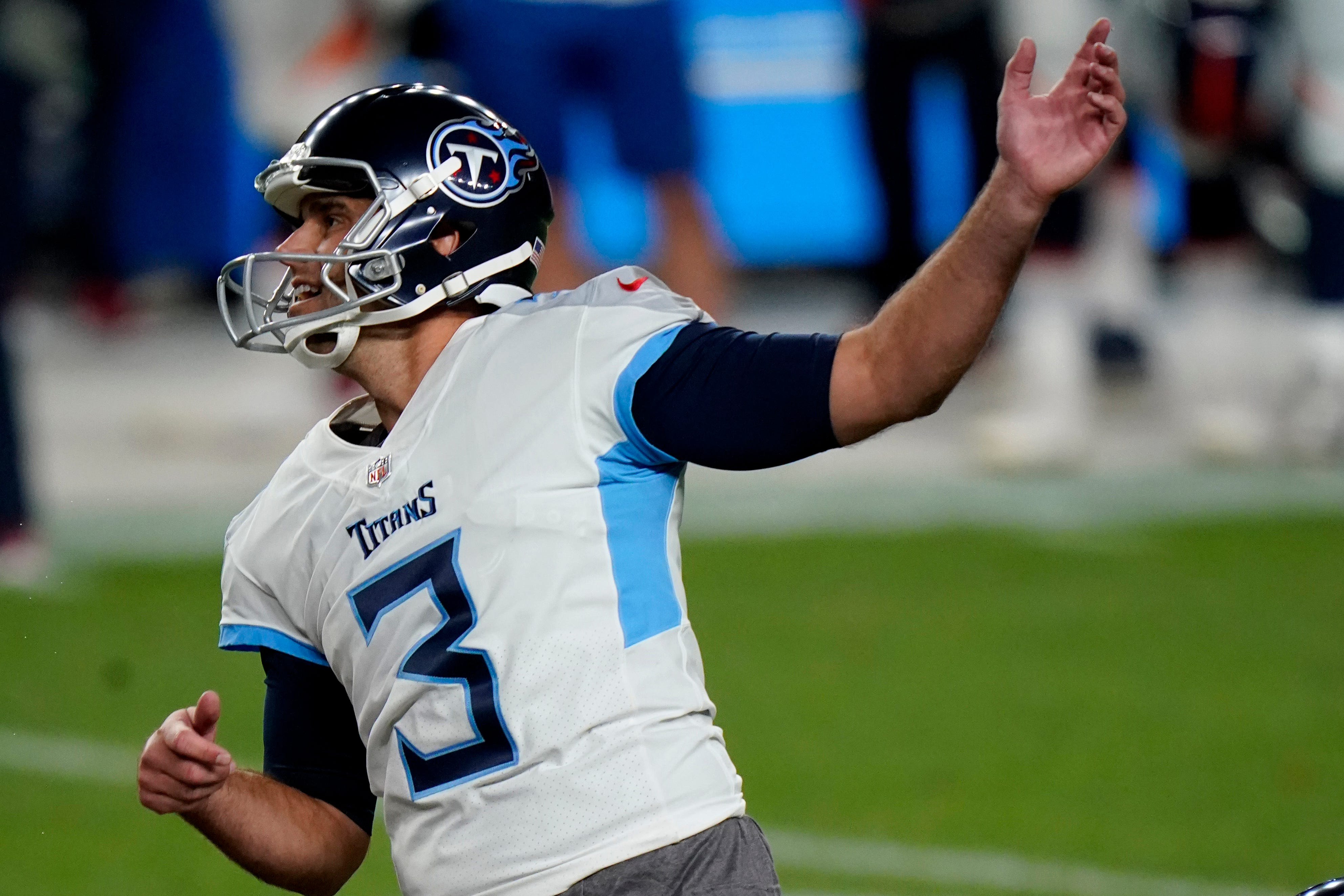 Tennessee Titans' kicking nightmare follows them into 2020: Is Stephen Gostkowski really the answer?