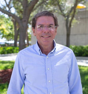 Joel Trexler, who earned his doctorate at Florida State, starts this week as the new director of the FSU Coastal and Marine Laboratory in St. Teresa, Fla.