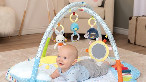 Best gifts for babies: Tinkle Crinkle baby gym