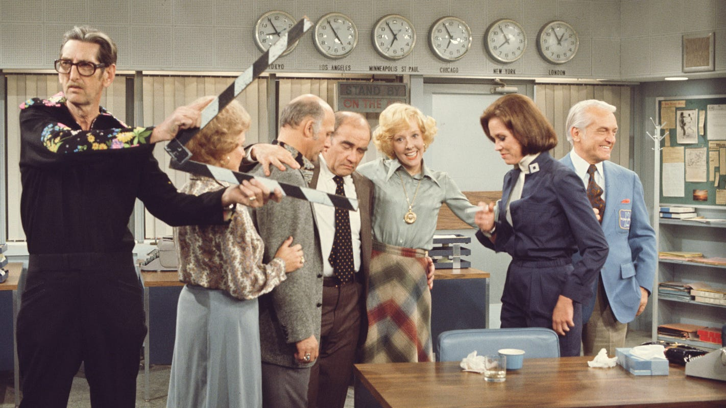 'The Mary Tyler Moore Show' turns 50: Love is (still) all around for the trailblazing sitcom