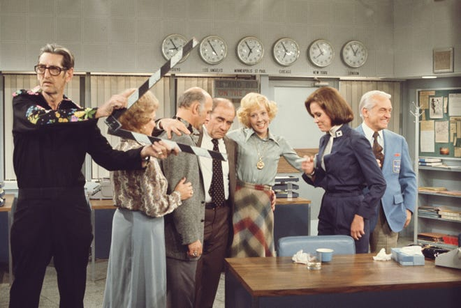 """The cast of """"The Mary Tyler Moore Show,"""" seen during filming of the final episode on March 19, 1977."""