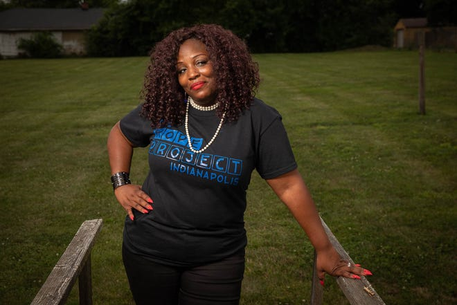 """Karmara Holman is a real-life example of a """"changemaker,"""" what tech brand Chime calls people going above and beyond to help their communities."""
