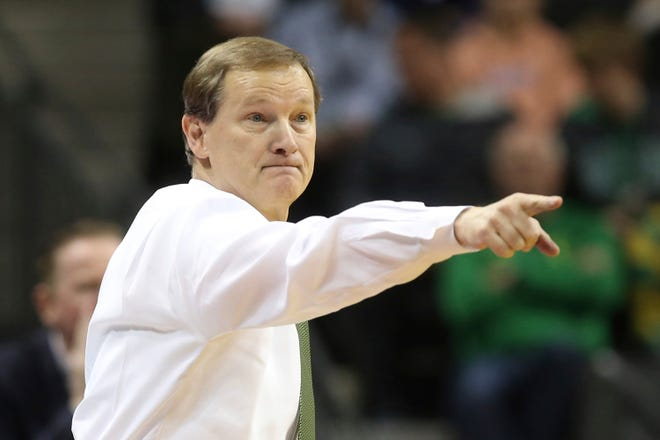 Oregon coach Dana Altman led the Ducks to the Pac-12 championship last season. When the Ducks will begin this season is up in the air with the Pac-12 Conference saying it will have no live sporting events before Jan. 1. (Chris Pietsch/The Register-Guard)