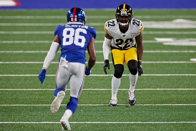Pittsburgh Steelers cornerback Steven Nelson (22) defends New York Giants wide receiver Darius Slayton during the Steelers' 26-16 win over the Giants on Monday.