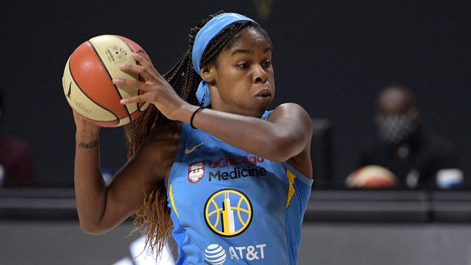 Chicago Sky forward Ruthy Hebard sets up a play during the first half of Tuesday's WNBA first-round playoff game against the Connecticut Sun in Bradenton, Fla.