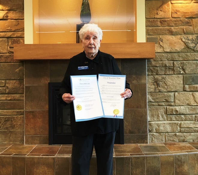 Jo Belle Zimmerman, a member of the Captain Nathan Watkins Chapter of the Daughters of the American Revolution, holds proclamations signed by Mountain Home Mayor Hillrey Adams and Baxter County Judge Mickey Pendergrass observing Constitution Week. Constitution Week was initiated by the DAR in 1955 and is commemorated from Sept. 17-23.