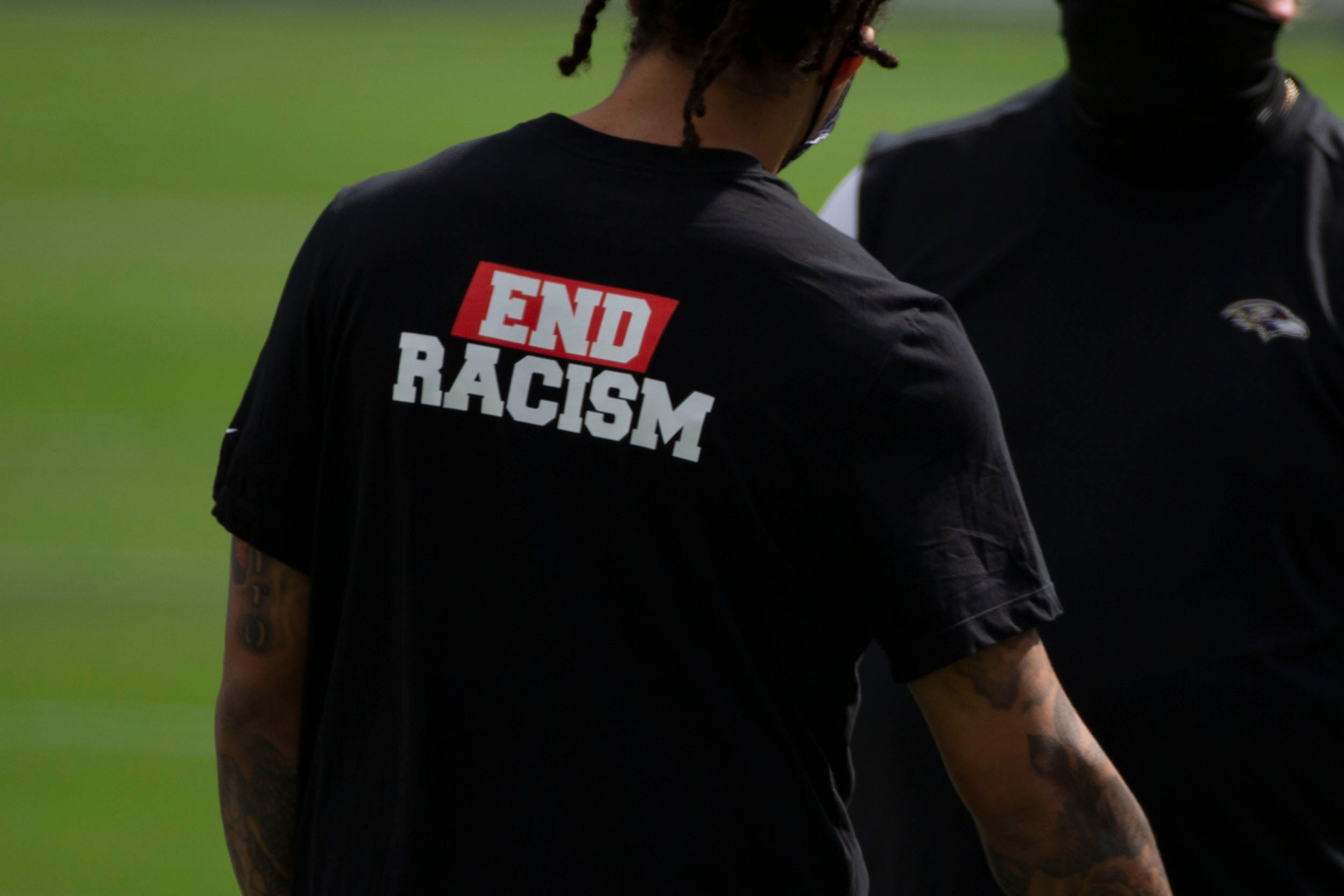 How Texans safety Michael Thomas spread  End Racism  shirts throughout NFL in Week 1
