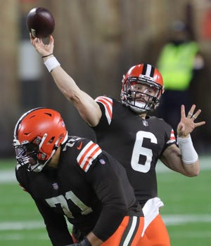 Cleveland Browns quarterback Baker Mayfield (6) attempts a pass during the first half of an NFL football game at FirstEnergy Stadium, Thursday, Sept. 17, 2020, in Cleveland, Ohio. [Jeff Lange/Beacon Journal]