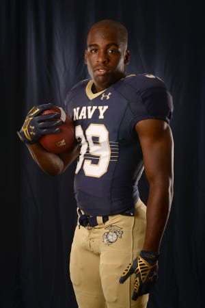 Shak Robinson is a part of the newest generation of Marines who apply good leadership lessons learned on the football field.