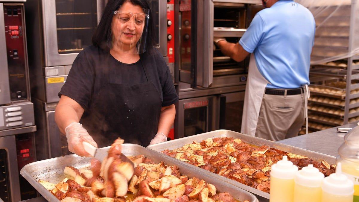 "PHOTOS: Spartanburg Greek Festival's ""A Taste of Greece To-Go"" available through weekend"