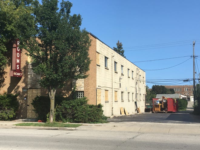 The apartment complex at 5252 S. Packard Ave., Cudahy, caught fire Sept. 5 displacing all tenants. When they returned, a number of tenants found items missing from their units.