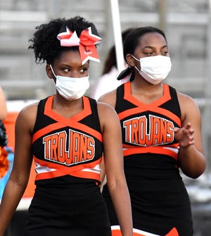 Lely High School hosts Golden Gate High School in a football matchup in Naples, Thursday, Sept.17, 2020.(Photo/Chris Tilley)