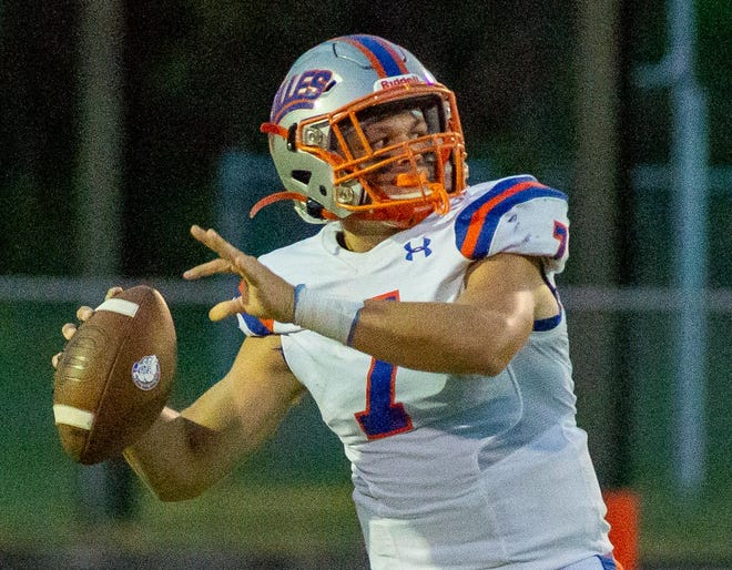 Quarterback Gunner Boree and Bolles are returning to the top of the high school football power rankings.