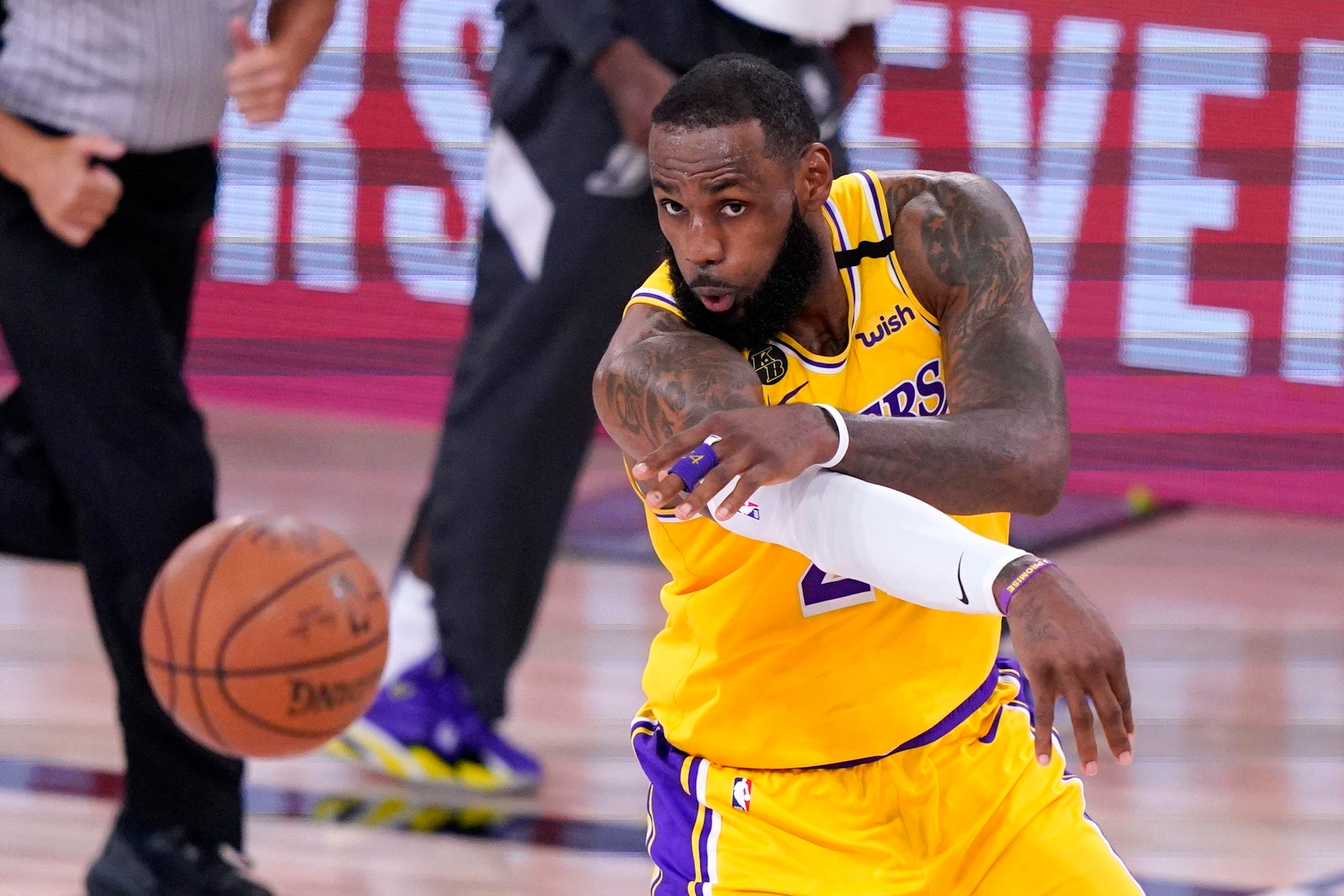 Friday S Nba Playoffs Lakers Roll Past Nuggets 126 114 In West Finals Opener