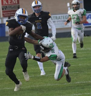 Ontario's Jaylon Scott caught two passes for 131 yards and a touchdown in a 41-14 win over Clear Fork.
