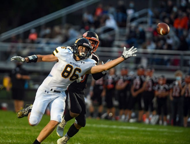 Mitchell receiver Ryley Johansen reaches for a long pass during their game against Dell Rapids on Friday, September 18, at Dell Rapids High School.
