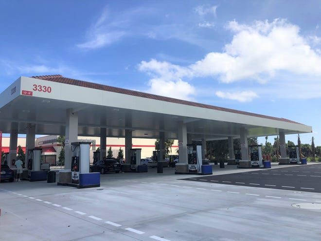 A new Costco gas station on Northlake Boulevard in Palm Beach Gardens opened last weekend, two months ahead of schedule.