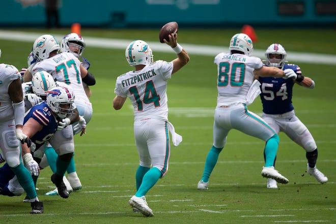 Miami Dolphins quarterback Ryan Fitzpatrick (14) drops back to pass at Hard Rock Stadium in Miami Gardens, September 20, 2020.  [ALLEN EYESTONE/The Palm Beach Post]