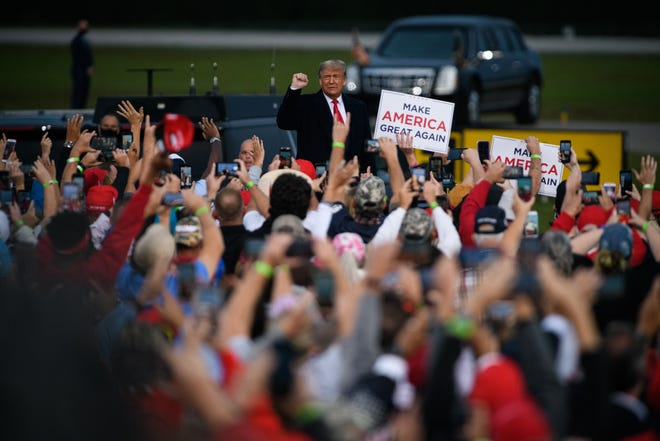 President Donald Trump will rally at the Orlando Sanford International Airport in Sanford on Friday, much like he did at the Fayetteville Regional Airport in North Carolina on Sept. 19.