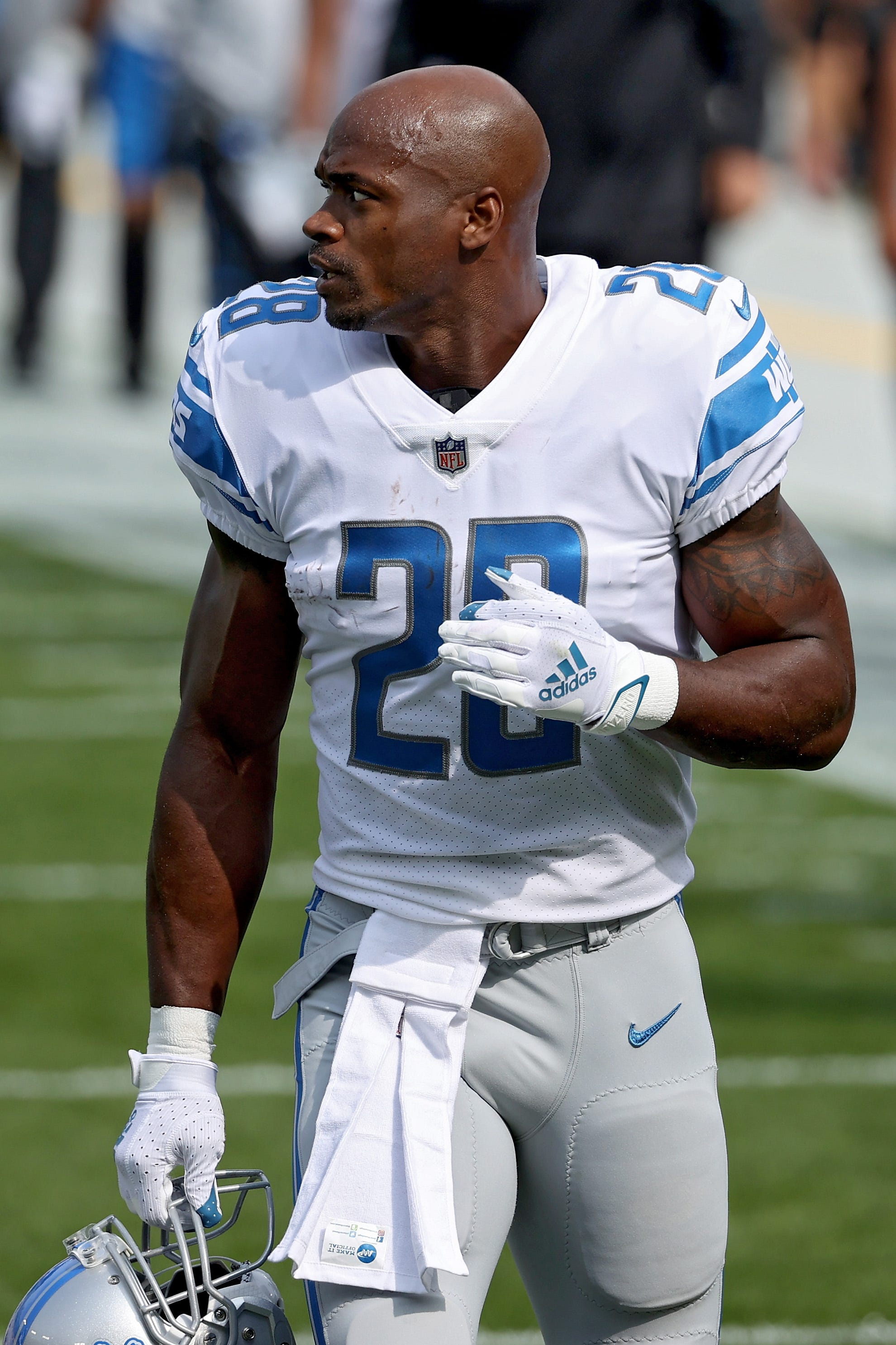 'You remember who hurt you': Lions RB Adrian Peterson returns to Minnesota