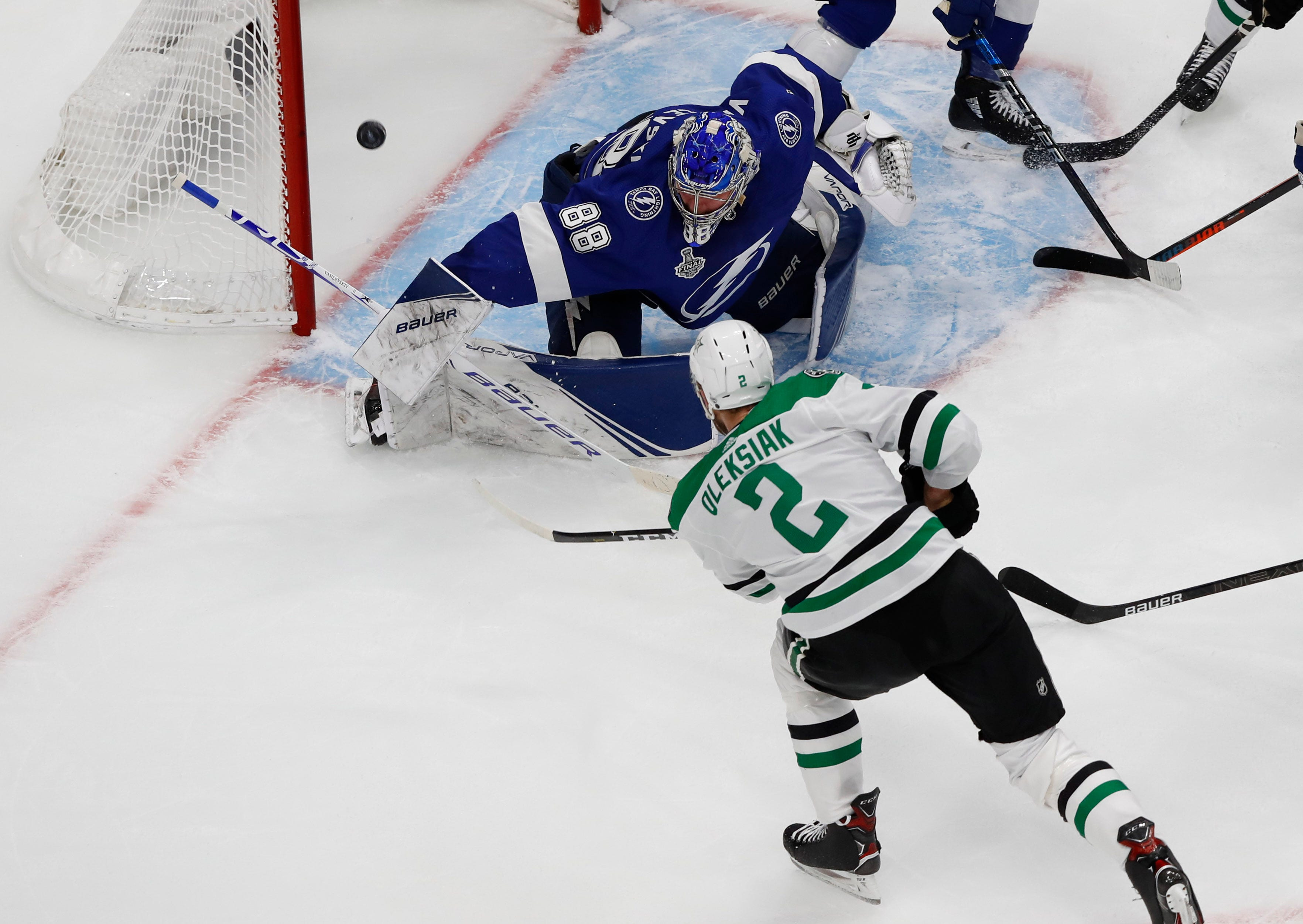 Dallas Stars top Tampa Bay Lightning for 1-0 lead in Stanley Cup Final